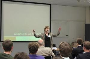 Prof. Dr. Laura Black präsentierte wie Simulationsmodelle soziale Verträge darstellen können